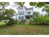 20 New Meadow Rd Barrington RI, 02806