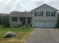 33 Peoples Ct Martinsburg WV, 25401