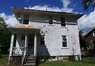 3817 Sequoia Ave Baltimore MD, 21215