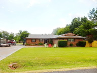 932 Nw 34th Moore OK, 73160