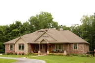 18 Little John Cove Anna IL, 62906