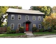 8 Maple St Sterling MA, 01564