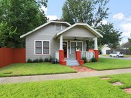 1039 Robbie Street Houston TX, 77009