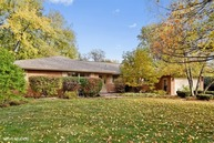 22 Oakwood Drive Prospect Heights IL, 60070