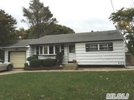 103 Timberline Dr Brentwood NY, 11717