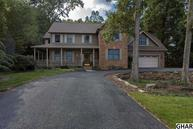 5 Hickory Court Boiling Springs PA, 17007