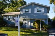 209 Dickman St Brentwood NY, 11717