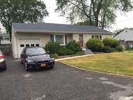 27 Franklin St Brentwood NY, 11717