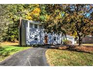 15 Thomas Ct East Haven CT, 06513