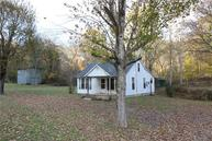463 Red Top Rd Indian Mound TN, 37079