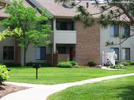 Shoal Creek Apartments Sterling Heights MI, 48310