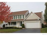 88 Southpoint Dr Lancaster NY, 14086