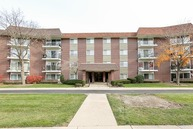 1025 South Fernandez Avenue 3c Arlington Heights IL, 60005
