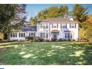 15 Highpoint Dr Thornton PA, 19373