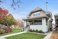 2932 West Giddings Street Chicago IL, 60625