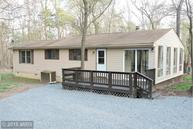 1208 The Woods Rd Hedgesville WV, 25427