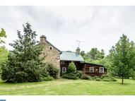 288 Hedge Rd Elverson PA, 19520