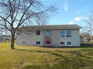 12 Queens Dr Grand Island NY, 14072