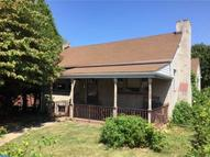 321 Walnut St Clifton Heights PA, 19018