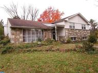 206 Barclay Cir Cheltenham PA, 19012