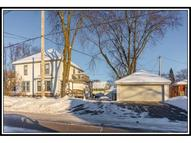 620 W Cook St New London WI, 54961