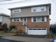 83 Maitland Pl Garfield NJ, 07026