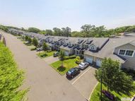 34 Terrace Ln Patchogue NY, 11772