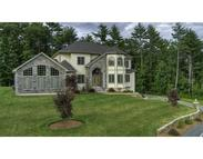 16 Woodberry Way Dracut MA, 01826
