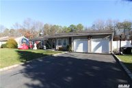 39 Evelyn Ct Manorville NY, 11949