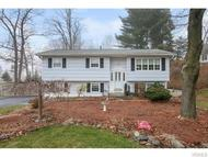 2 East Stemmer Suffern NY, 10901