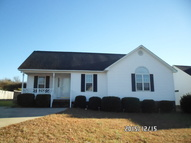 201 Waterford Dr Clayton NC, 27520