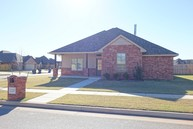 2225 Timber Ridge Yukon OK, 73099