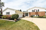 1312 West Plymouth Court Arlington Heights IL, 60004