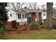 470 Torwood Lane Pleasant Hills PA, 15236