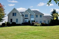 24 Messenger Ln Ringoes NJ, 08551