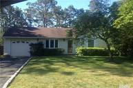 2 Scott Ave Selden NY, 11784