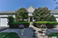 21 Pondview Saint James NY, 11780
