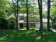5 Stonefield Dr Prospect CT, 06712