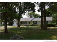 33 Cromwell Pl Old Saybrook CT, 06475