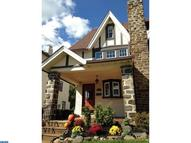 608 Georges Ln Ardmore PA, 19003