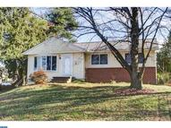 3631 N Clearwater Ln Brookhaven PA, 19015