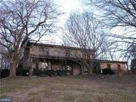 235 Tree Top Ln Hockessin DE, 19707