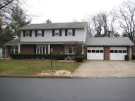 2115 Sycamore Dr Harrisburg PA, 17112