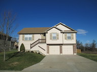 1408 Nw High View Dr Grain Valley MO, 64029