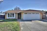 4402 Drywood Ct Union City CA, 94587