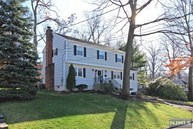 16 Cavell Pl West Caldwell NJ, 07006