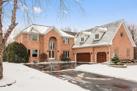 220 East Brittany Court Arlington Heights IL, 60004