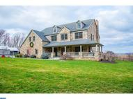 6533 Mountain Rd Macungie PA, 18062
