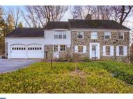 15 Brookside Rd Wallingford PA, 19086