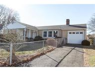 8 Palmer Woods Cir Branford CT, 06405